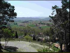 A Spring view in the Luberon