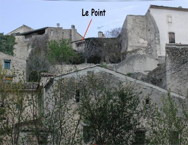 Location of Le Point in the medieval village wall - click for larger picture